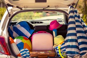 préparer sa voiture pour l'été et gérer les espaces dans le coffre avant les grandes vacances 2017